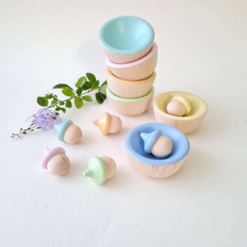 Acorns And Bowls – Pastel
